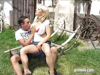 Outdoor blonde bawdy cleft fucking