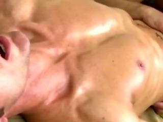 Lewd straighty turns for bear masseuse
