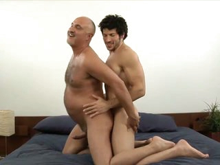 Muscled homosexual guy leo giamani fucking jake cruise bareback in old a-hole
