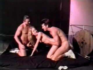 Love tunnel licking and cocksucking in bi-sexual Trio