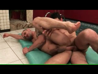No fucking-rubber as Latin 10-Pounder fucks tight anal opening