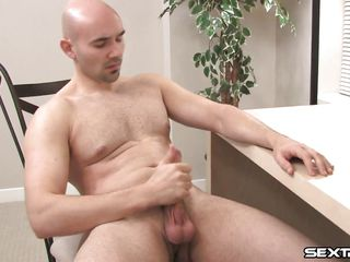 Bald hot white dude named Buck is in front of his laptop. This dude starts being hot and horny and slowly undresses remaining naked. What a valuable sight but things are getting even more good when that dude starts rubbing that hard cock. Watch him taking great joy masturbating, does that dude knows we are watching him?