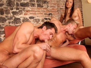 2 sexy males and a sexy girl enjoying a fine bi-sexual fuck !