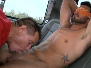 Gracious hunk lured into having wild oral job with gay