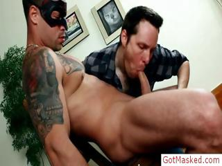 Tatooed muscle hunk ramrod sucked part6