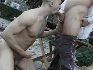 Outdoor homosexual cocksucking ends with a facial