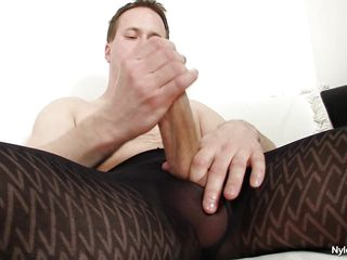 Sometimes a guy needs some time alone to relax a bit. And here Clark shows us how it's done. Dressing up his hose this guy takes out his big schlong and rubs it with pleasure, this chab loves nylon and the pleasure of masturbating alone, some priceless quality time spent alone, will this chab cum on his pantyhose?