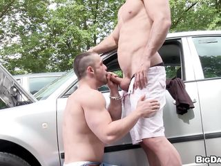 While driving, Franc noticed a hunky chap whose car appears to be to be stalling in the middle of the street. Lending a helping hand, this chab came over to inspect the machine which this chab was able to fix in the end. To thank him, the hairless chap permitted him to give a blow on his hard dong and even let him swallow!