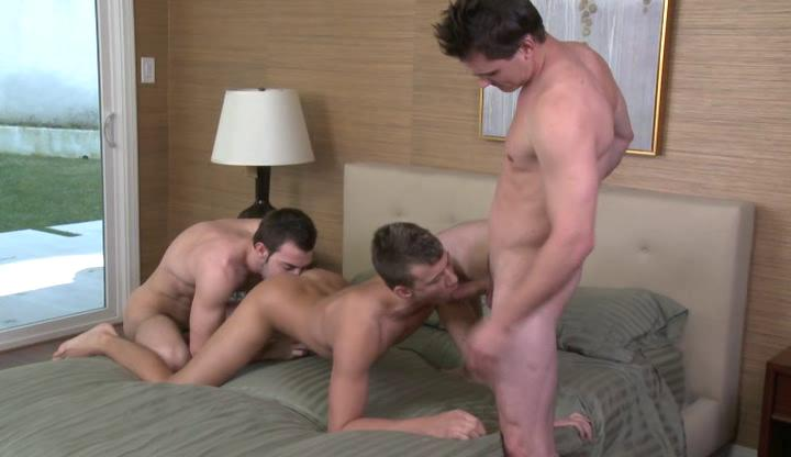 2 skinny homosexual hunks and str8 guy having Three-some