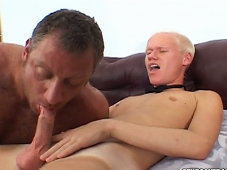 Christian Luke acquires his weenie sucked by a burly bear stud...