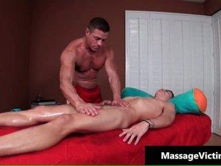 Alec acquires his amazingly cute homo wazoo massaged
