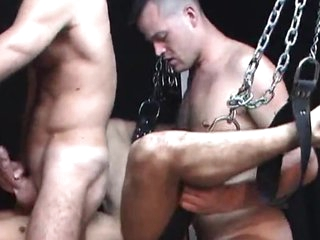 Hard xxx 3 some in Dungeon