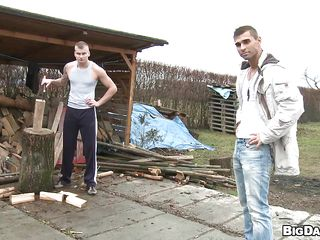 Paul chopped wood when Timi disturbed him from his work. Timi saw what potential this muscled gay has and in a short time this chab found out that his 10-Pounder is hard as a piece of wood too. They've went behind a garbage container and Paul received one hell of a blowjob job there. Perhaps this chab will repay him with a big load on his face.