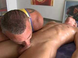 Stylish hunk is giving hot gay a unfathomable anal pounding