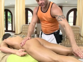 Male masseur is delighting a obese homosexual bear