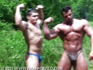 Frank Defeo Flexing