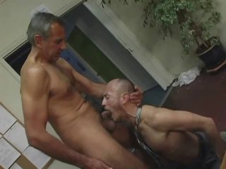 dad fuck stud in office