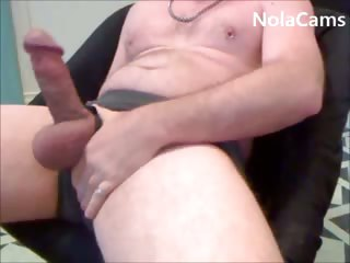 Str8 Stud Jerking Off For Homosexual males
