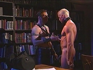 Hawt leather sensation fetish with muscled homo hunks