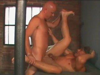 Smut chaps inside prison shagging