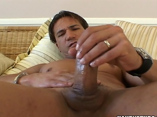 Cock-exposing hunk Marco Duato showing his 10-Pounder in this vid...
